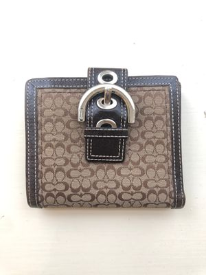 Authentic Coach Buckle Bifold Small Wallet for Sale in Wilmington, DE