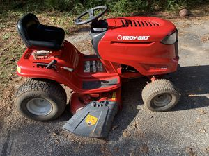 Riding lawn mower for Sale in Roebuck, SC