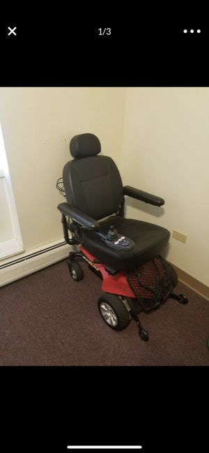 JAZZY Elite Power Chair for Sale in Chicago, IL