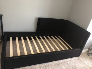 Black corner twin size bed for Sale in Orland Park, IL