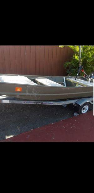 Like new tracker Trooper 12 feet for Sale in Hialeah, FL