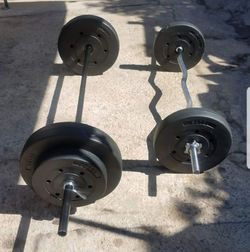 "5 foot standard 1"" barbell, 4 foot curl barbell with 2x25lbs 2x15lbs 2x10lbs for Sale in Los Angeles,  CA"