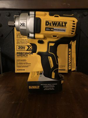 DEWALT XR BRUSHLESS 1/2 INCH MID TORQUE IMPACT WRENCH for Sale in Virginia Beach, VA