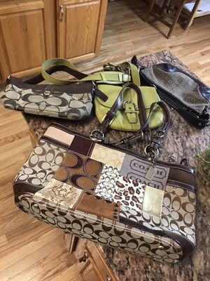 4 Pcs of Authentic Couch Handbags Shoulder Bag Bags for Sale in Romeoville, IL
