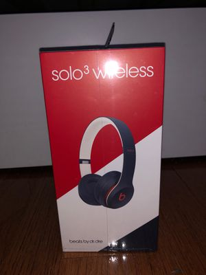 NEW IN BOX beats solo 3 wireless headphones for Sale in Alexandria, VA