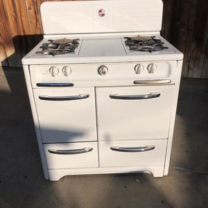 Antique Wedgewood Stove 1945 for Sale in Fresno, CA