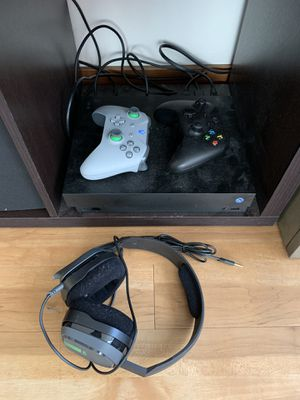 Xbox one x for Sale in Seattle, WA