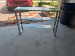 Table, accent or sofa for Sale in West Palm Beach, FL