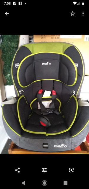 Evenflo Triumph Convertible Car Seat- still available as of 5/23/20 for Sale in Eagle River, WI