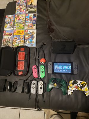 Nintendo switch + MORE **HUGE BUNDLE** for Sale in Phoenix, AZ
