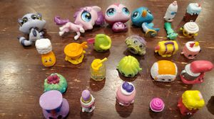 Shopkins and little pet shop toys for Sale in Milwaukie, OR