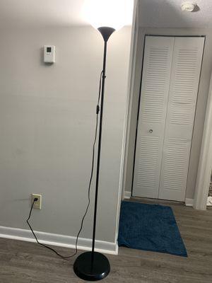 Floor lamp, must go in 2-3 days for Sale in Miramar, FL