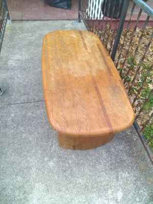 Coffee table for Sale in Clifton Forge, VA