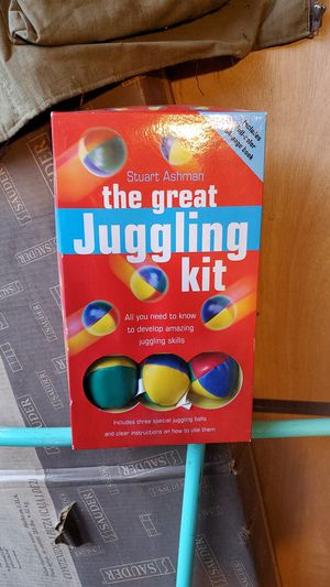 Juggling kit for Sale in Saginaw, OR