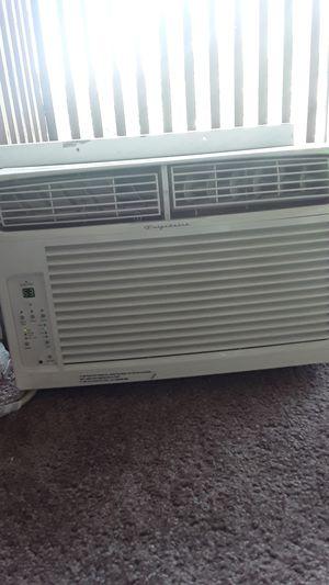 Frigidaire window AC unit $80 for Sale in Salt Lake City, UT