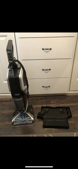 Brand new bissell carpet cleaner for Sale in Anaheim, CA