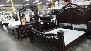Mcferran 4 PC bedroom set for Sale in Chino Hills, CA