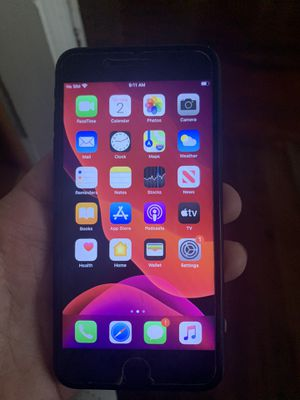 iPhone 7 Plus 32g AT&T or Cricket for Sale in Sanford, FL