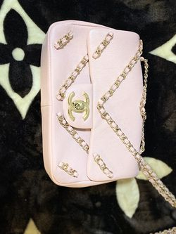 {contact info removed} Chanel Classic Flap Mini Pearl Crush 500549 Pink Lambskin Leather Cross Body Bag for Sale in Yuma,  AZ