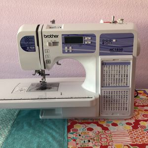 Brother HC1850 Sewing Machine for Sale in Los Gatos, CA