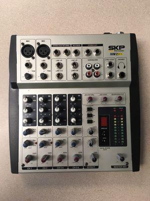 SKP pro audio VZ6fx for Sale in Miami, FL