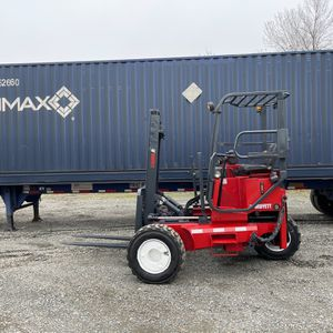 MOFFETT M5500 4 WAY PIGGYBACK FORKLIFT for Sale in Edgewood, WA