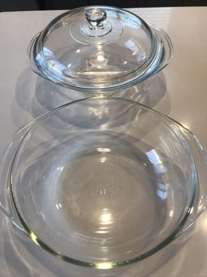 Pyrex round with lid for Sale in Goodyear, AZ