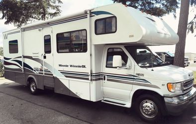 2000 Winnebago Winnie Clear for Sale in Oklahoma City,  OK