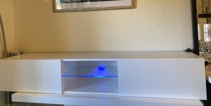 Floating TV Stand for TVs up to 78. for Sale in Fort Lauderdale, FL