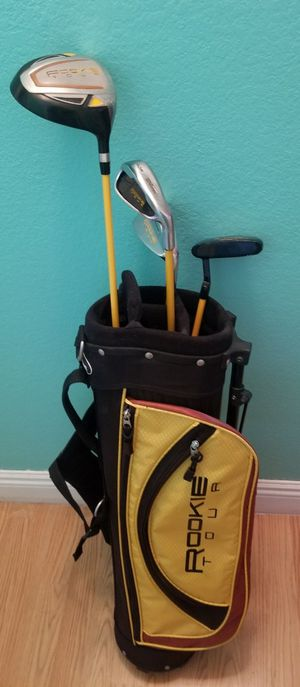 Wilson Junior youth set golf clubs...Great condition! for Sale in Modesto, CA