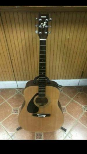 Yamaha FG411L Acoustic Guitar for Sale in Pompano Beach, FL