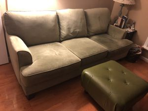 Beautiful sofa / couch for Sale in Raleigh, NC