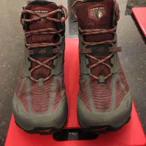 Men's Altra Lone Peak Waterproof Boot. Size 12.5 for Sale in Chicago, IL
