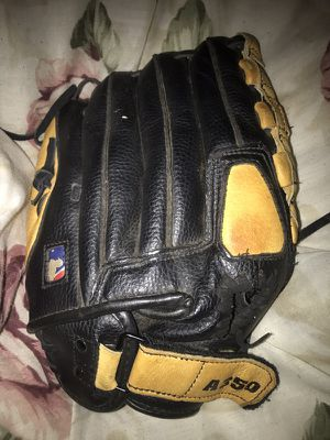 Wilson MLB baseball/softball glove for Sale in Washington, DC