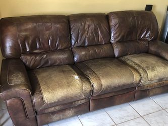 Leather Couch for Sale in Hollywood,  FL