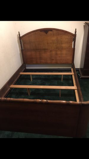 Antique full size bed 🛌 for Sale in La Habra, CA