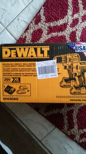 Dewalt brushless compact drill/driver kit for Sale in Wichita, KS
