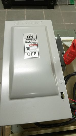 Safety switch heavy duty siemens for Sale in Montclair, CA