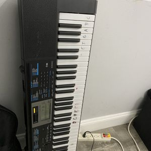 Pianos for Sale in Hialeah, FL