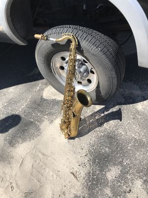 Saxophone for Sale in Waterbury, CT
