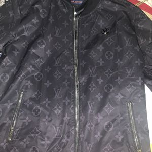 LOUIS VUITTON BRAND NEW BLACK JACKET for Sale in Cherry Hill, NJ