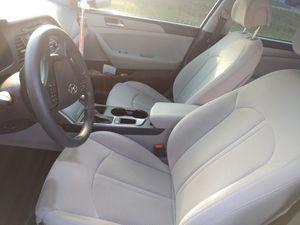 2015 - Hunydai Sonata for Sale in Brandon, FL