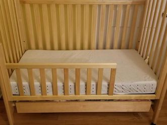 Toddler Bed With Mattress for Sale in Montclair,  NJ