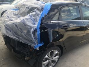 2014 and 2013 Hyundai Elantra GT and Ford Fiesta for parts for Sale in Dallas, TX