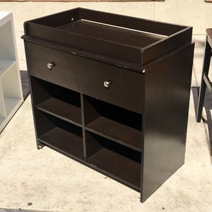 Black 2-Drawer 2x2 Cubby Changing Table for Sale in Philadelphia, PA