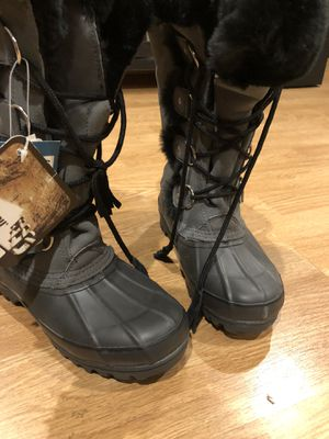 Khombu Women's Snow Boots for Sale in San Jose, CA
