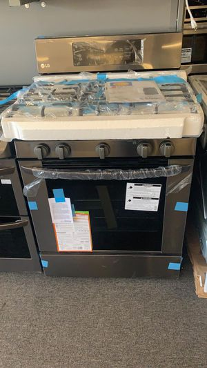 Brand LG black stainless 5 Burner gas range and matching microwave in box only $949 for Sale in Dublin, CA