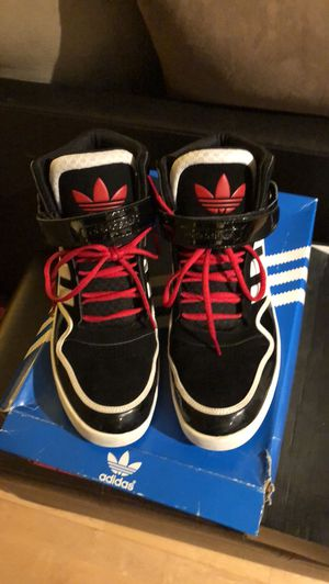 Adidas Basketball Sneakers / SIZE 12 US Mens for Sale in Washington, DC