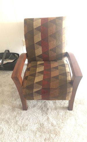 Earth toned Accent Chair for Sale in Oxon Hill, MD