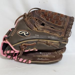 "RAWLINGS FASTPITCH SOFTBALL GLOVE WFP120 12"" RHT for Sale in Brookfield, IL"